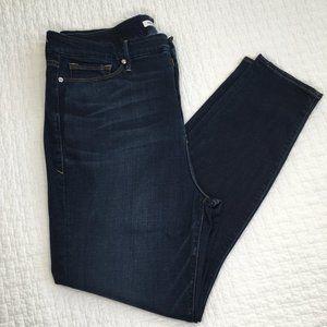 Good American Good Legs Stretch Skinny Jeans